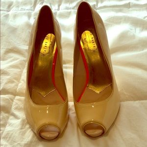 Ted Baker cream peak toe stiletto pumps